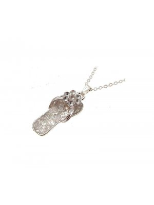 Cute fashion necklace in flipflop pendant design - clear – 114213