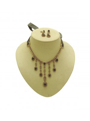 Monet Ladies necklace and earrings set IAS452