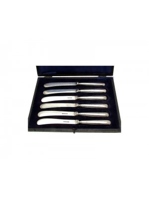 c1921 solid silver handled set of six butter knives in fitted case by William Yates of Sheffield CLT751