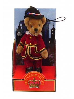 Teddy bear mobile phone charm bag charm London souvenir Beefeater 1