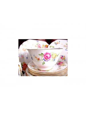New Chelsea Floral Pattern 3549 Breakfast Cup and Saucer