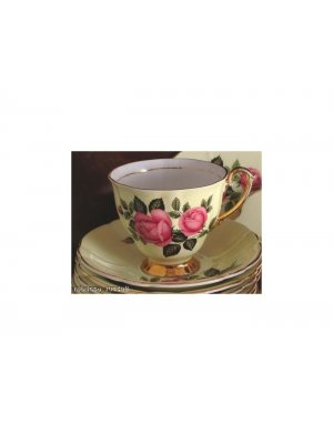 Windsor yellow and pink rose 1181 5.5 inch Saucer ONLY