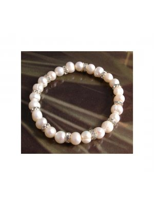 Freshwater pearl with crystal stud bracelet - white pearl