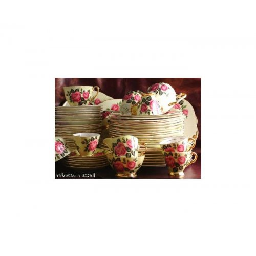 Windsor yellow and pink rose 1181 10.5 inch Plate